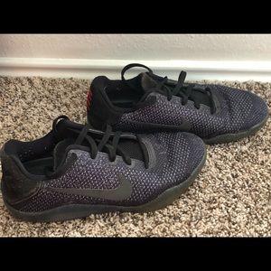 Nike Kobe XI Elite GS Low basketball Shoes 7Y